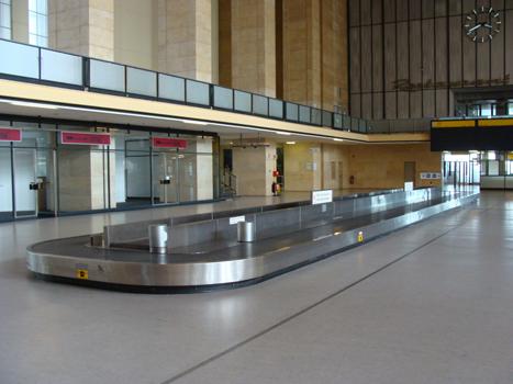 Cinta aeropuerto recogida maletas